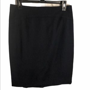 The Limited knee length Back zip lined skirt
